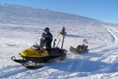 K.S.A. volunteers rescuing a broken down sledder - Winter 2007